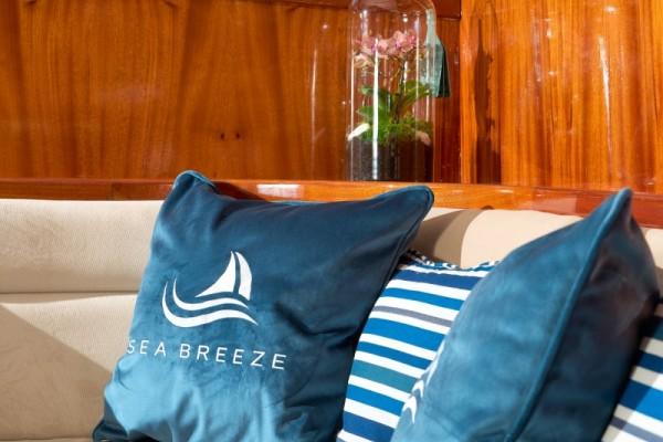 MS SEA BREEZE